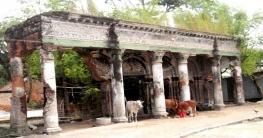 ধ্বংসের মুখে কালের সাক্ষী কাশিমপুর রাজবাড়ি