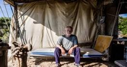 প্রকৃতির প্রেমে হাবুডুবু, ৩১ বছর একাই কাটিয়েছেন নির্জন দ্বীপে