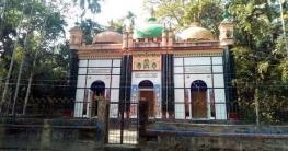 ঝালকাঠির ৫শ' বছরের ঐতিহ্য তিন গম্বুজ মসজিদ