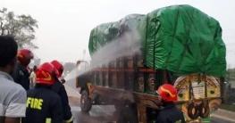 শ্রীপুরে ট্রাকচাপায় এক মোটরসাইকেল আরোহী নিহত