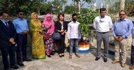 গাজীপুরে শিক্ষার্থীদের সাথে সময় কাটিয়েছেন থাইল্যান্ডের রাষ্ট্রদূত